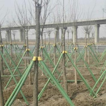 大量出售樹木支撐桿 綠化支樹桿 天津樹木支撐桿銷售